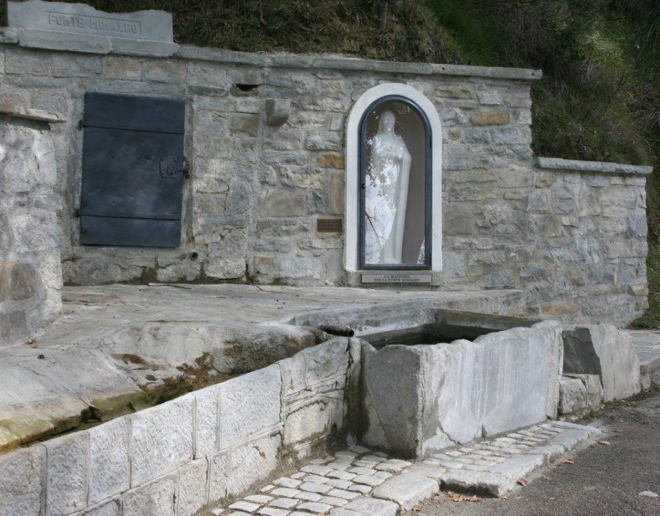 fonte-minaldo-madonna